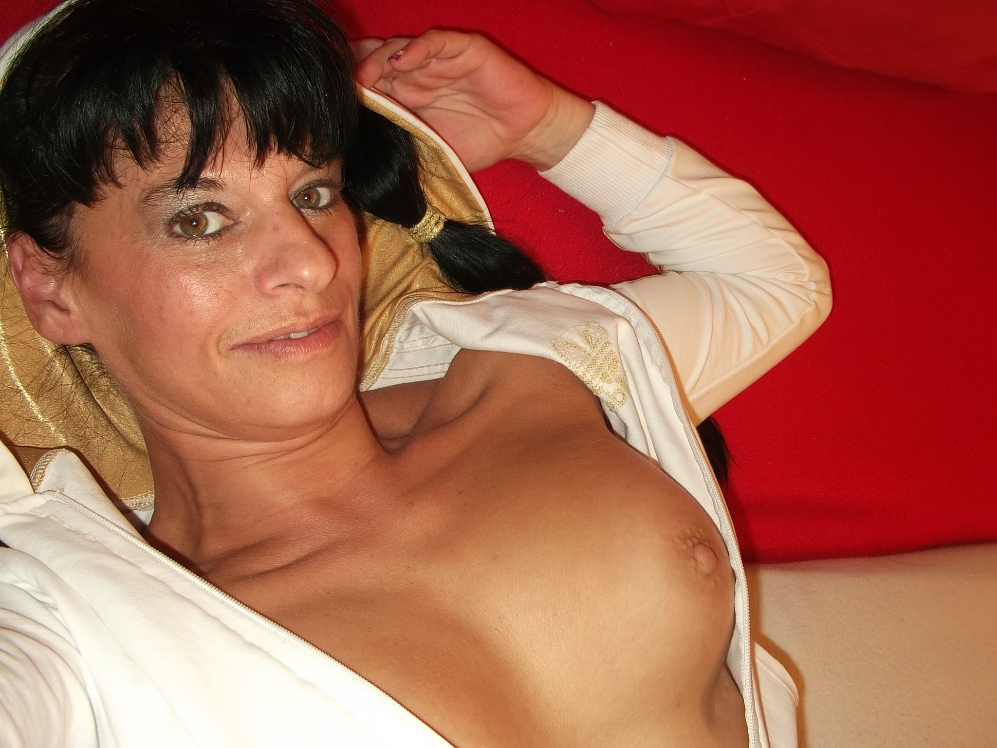 PRIVATE DOMINA SUCHT SIE SUCHT SEXPARTNER
